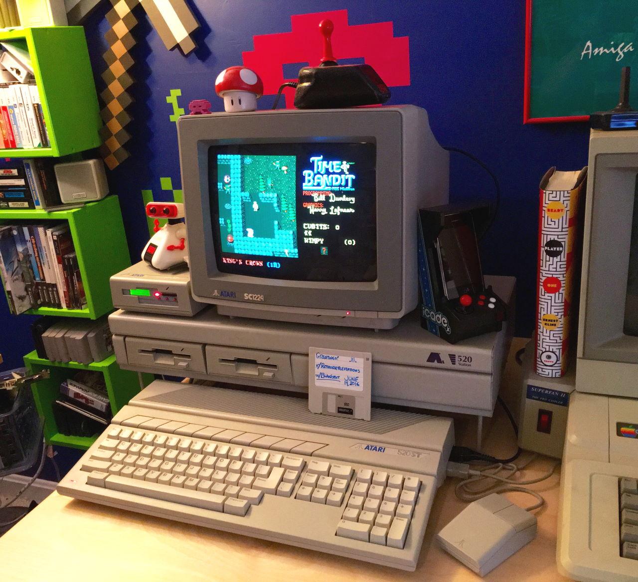Atari 520STm setup with HxC-2001 floppy emulator